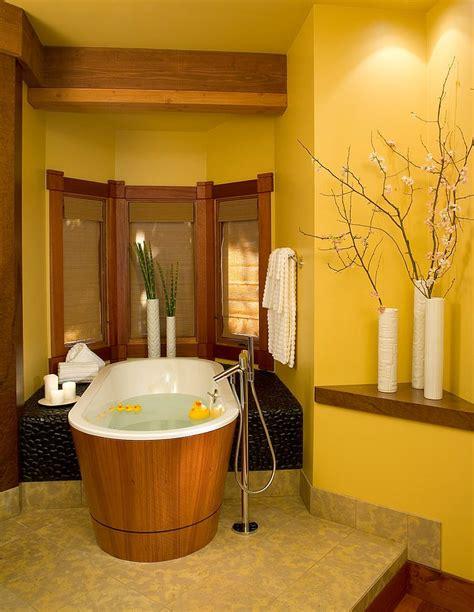 shower curtain ideas for small bathrooms des idées pour décorer la salle de bain en jaune bricobistro