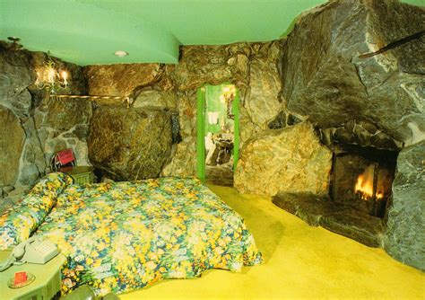 room cave 12 weird hotel rooms funcage