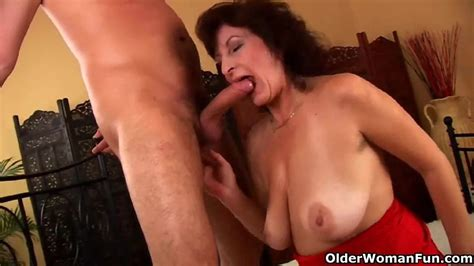 Granny Fingers Her Ass While She Gets Fucked Free Porn A Pt