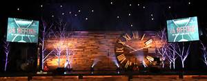 Pallet Clock Church Stage Design Idea Rustic Interior Design For The Living Room