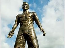 Cristiano Ronaldo statue in Madeira tagged with Lionel