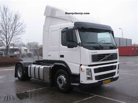 volvo semi trailer volvo fm 380 2006 standard tractor trailer unit photo and