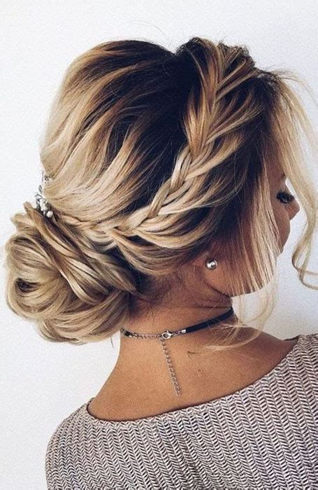 20 stunning updos for hair the trend spotter