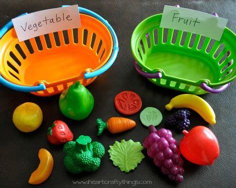 best 25 preschool summer crafts ideas on 643 | b01c954a7c5fdb9fa99b671e3718a49e teaching about plants preschool plants preschool crafts