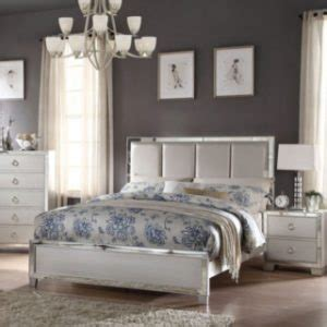 how to arrange bedroom furniture in a small space how to arrange a small bedroom with big furniture 21317 | arrangefurniture chubs 300x300