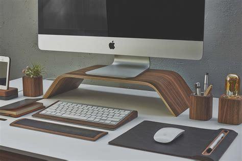 accessoires bureaux grovemade wallnut une collection d 39 accessoires de