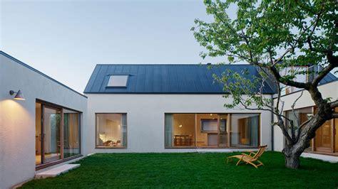 Courtyard Homes by Swedish Coastal Designed By Maka Arkitektur