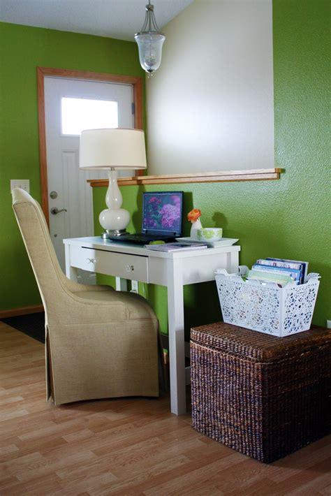 Desks For Rooms by Office Desk In Living Room 2017 Grasscloth Wallpaper