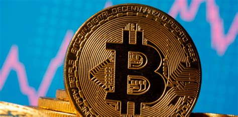 Bitcoin jumps to record $28,600