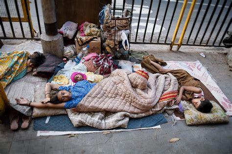 delhi  arrange fireproof tents   homeless