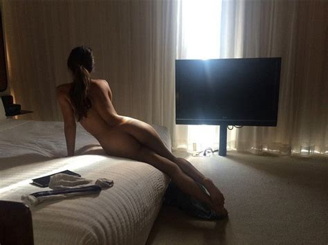 Caitlin Stasey Topless Photos Thefappening