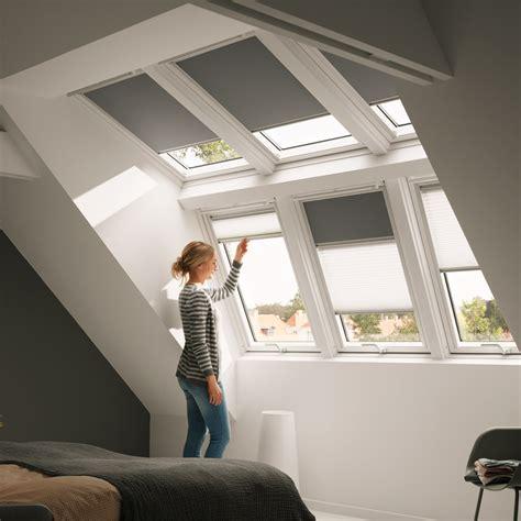 Schwingfenster Sorgen Fuer Viel Licht Im Raum by Velux Systeml 246 Sung Raum Licht