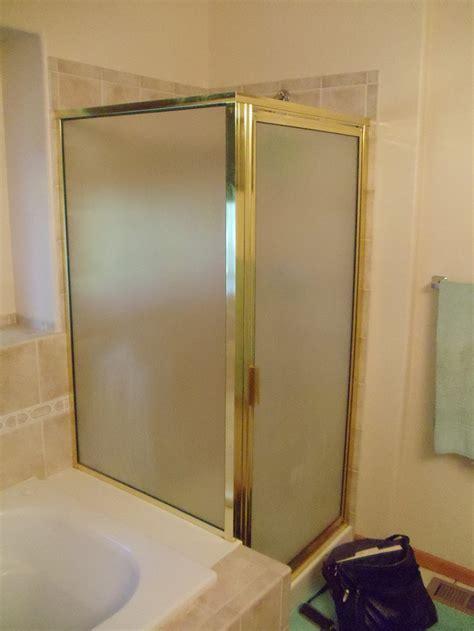 master bathroom layouts  tub  piece bathroom