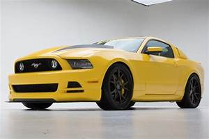 2014 Ford Mustang GT Yellow Jacket Review - Top Speed