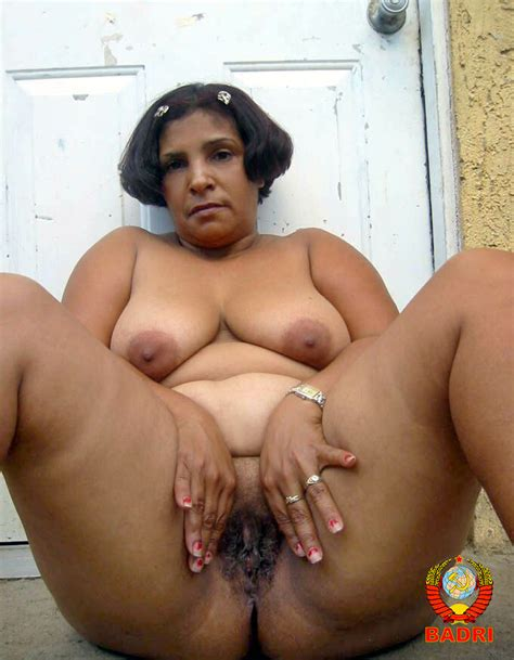 019  In Gallery Osita Dominican Mature Shows Her Ass Rw Set 3 Picture 19 Uploaded By