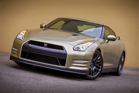 nissan gold nissan gt r 45th anniversary poses in gold gtspirit