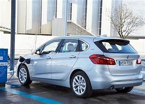 Voiture Hybride Rechargeable Renault : essai bmw 225xe le monospace hybride et polyvalent photos ~ Medecine-chirurgie-esthetiques.com Avis de Voitures