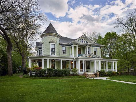 historic victorian mansion    overnight