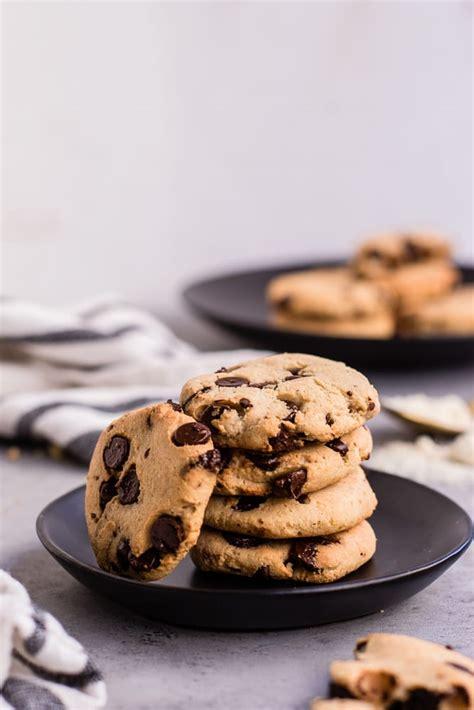 Healthy Keto Friendly Chocolate Chip Cookies — Peanut