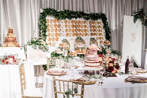 inspirasi dekorasi pernikahan unik  rumah bertema modern
