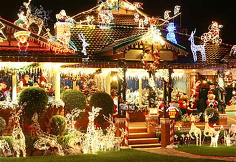 christmas lights up suburbs dailytelegraph com au