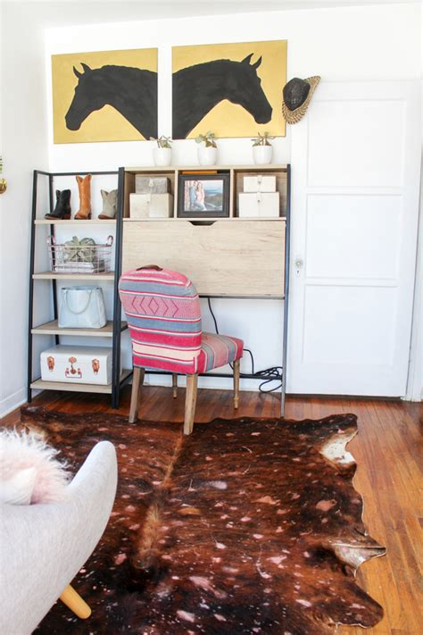 Diy Cowhide Rug by Diy Acid Washed Cowhide Rug Horses Heels