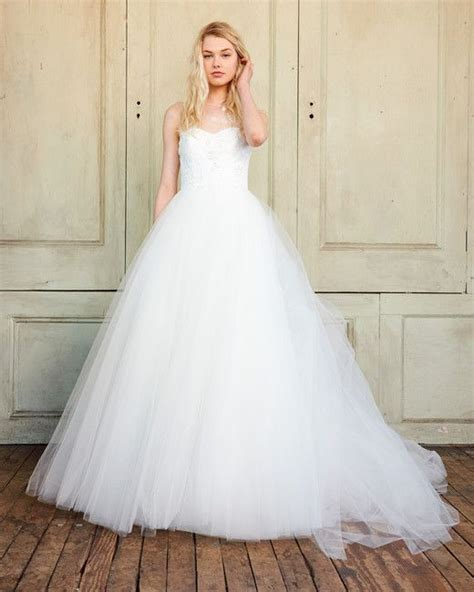 martha stewart wedding decorations tulle 146 best gown wedding dresses images on wedding frocks wedding gowns and