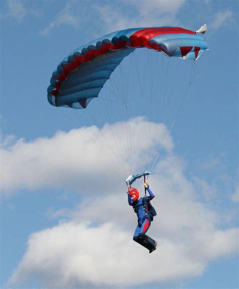 Parachute Dive by Skydiving Alain Bard Air