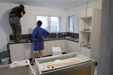 montage cuisine cuisinella j 20 montage de la cuisine et peinture le de fifi et doudou