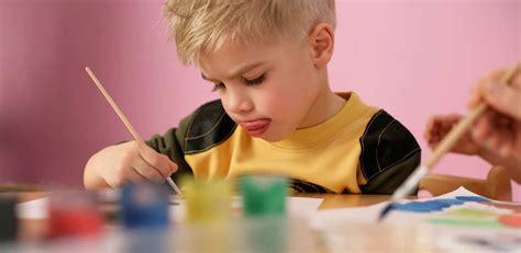 ¿Por qué los niños sacan la lengua para pensar? ⚡️ ...