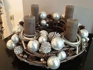 Deko Weihnachten Adventskranz : adventskranz adventskr nze deko pinterest ~ Sanjose-hotels-ca.com Haus und Dekorationen