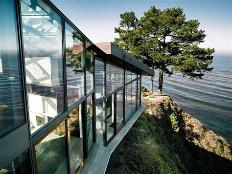 Spectacular Home Atop A Cliff Promises Dramatic Views Of