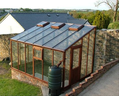 How To Build Your Own Greenhouse With The Cost Efficiency