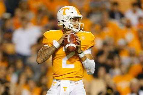 tennessee football  vols finally win  game