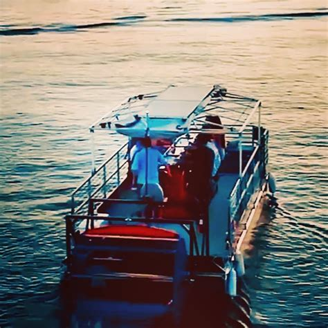 Byob Boat Rental Chicago by 6 Ways To Get On A Boat In Chicago Urbanmatter