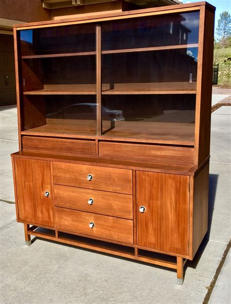 stanley furniture china cabinet vintage stanley hutch china cabinet haute juice