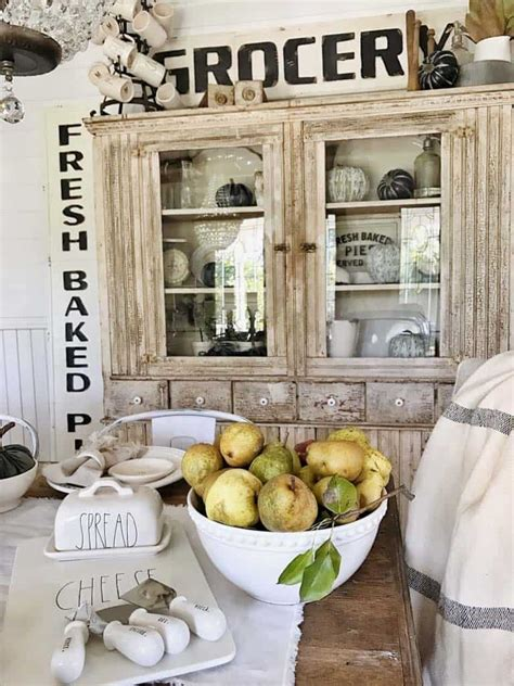 Topmost Fall Decorating Ideas In Farmhouse Style Popular