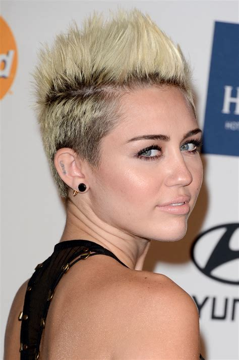 25 prom hairstyles for short hair the xerxes
