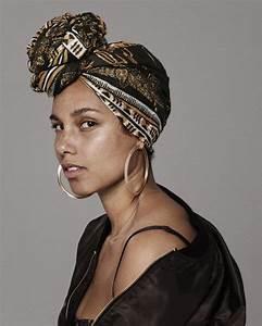 Alicia Keys39 No Makeup Look Requires Makeup The Source