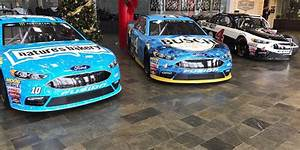 Stewart Haas Racing Ford Cars - Images Begin to Surface ...