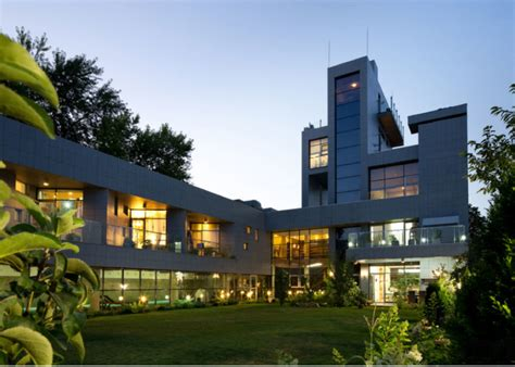 pictures modern mansion 22 outstanding modern mansions for luxury living