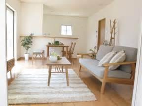 house with 4 bedrooms ナラ オーク無垢材を使用した家具で統一した北欧風なナチュラルコーディネート事例をご紹介 家具なび きっと家具から
