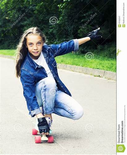 Blonde Teen Jeans Park Skateboard Shirt Dreamstime