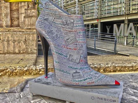 footwear shoe statue heeled  photo  pixabay