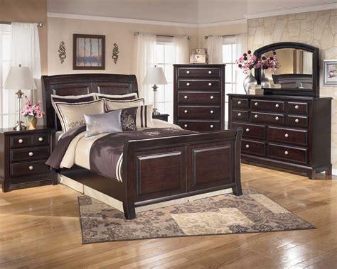 lease   furniture furniture walpaper