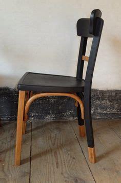 repeindre des chaises relooker chaise en paille amazing la nouvelle vie duune