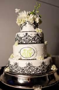 gorgeous wedding cakes 42 gorgeous black and white wedding cakes weddingomania