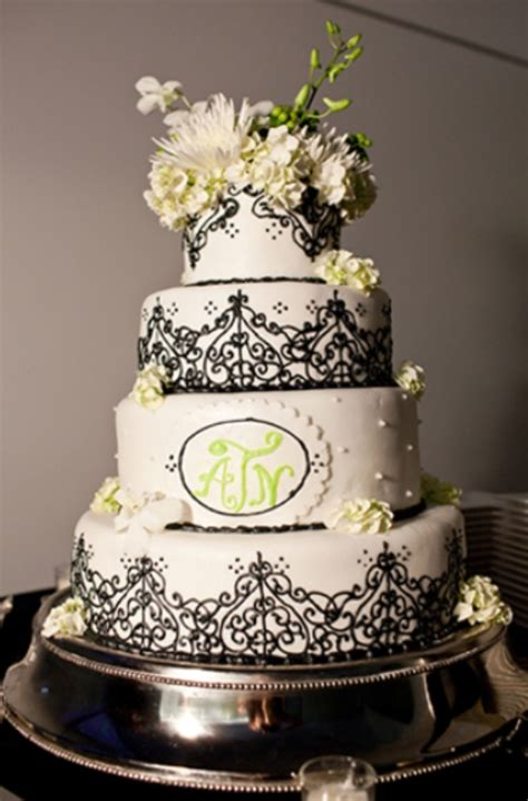 gorgeous black  white wedding cakes weddingomania