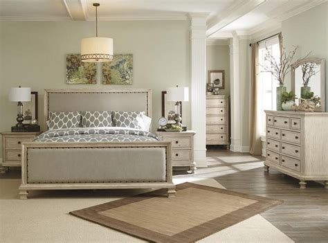 distressed bedroom furniture distressed white bedroom furniture distressed antique