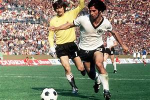 5 11 En M : germany football shirt history from beckenbauer to ozil ~ Dailycaller-alerts.com Idées de Décoration